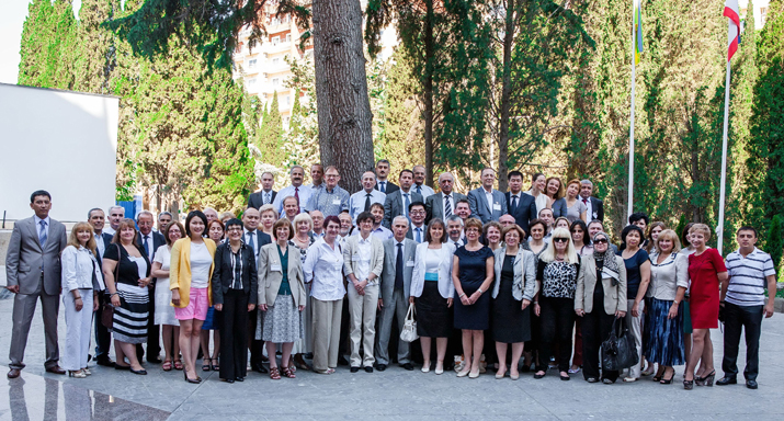 Participants at the Global Assessment Seminar in Alushta, Ukraine.