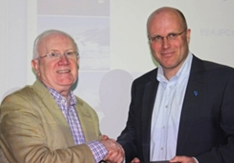 Mr Pat the Cope Gallagher, EEA JPC Vice President (left) and Mr Lars Erik Alfheim, Vice Governor of Svalbard
