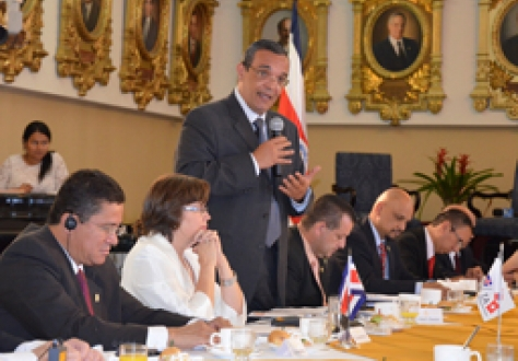 The Speaker of the Costa Rican Parliament, Mr Victor Granados, addressing the delegation from the EFTA Parliamentary Committee