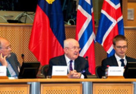 From left: Svein Roald Hansen (MP, Labour Party, Norway); Pat the Cope Gallagher (MEP, ALDE, Ireland), Vice-President of EEA JPC; Tarvo Kungla, Secretary of EEA JPC
