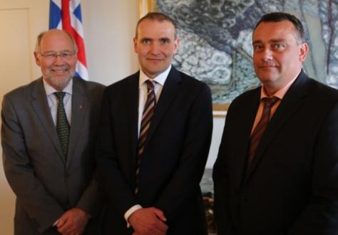 From left: Svein Roald Hansen, EEA JPC President, Gudni Th. Jóhannesson, President of Iceland, Jørn Dorhmann, EEA JPC Vice President
