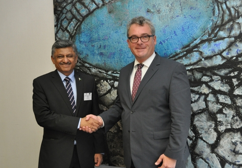 H.E. Mr Mohammad Younus Dagha, Federal Secretary of Commerce (on the left) and Ambassador Peter Matt, Permanent Representative of Liechtenstein in Geneva (on the right)