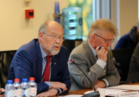 The joint hosts, Chair for the MPS, Mr Svein Roald Hansen and the Chair for the EFTA CC, Mr Halldór Árnason, opened the meeting by welcoming the Ministers and members.