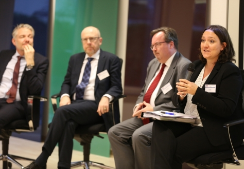 The speakers from the EFTA seminar on free trade answered questions from the audience.