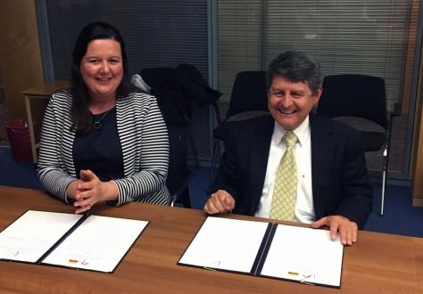 Vice Minister Humberto Jiménez Torres and Minister Karin Büchel at the meeting in EFTA's headquarters in Geneva.