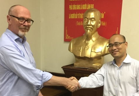 Spokesperson the EFTA States, Mr Sveinung Røren, and Mr Luong Hoang Thai, Head of the Vietnamese Delegation met in Hanoi for the 15th round of negotiations on a Free Trade Agreement.