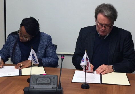 Senior Advisor Lars Erik Nordgaard from the Norwegian Ministry of Trade, Industry and Fisheries acted as EFTA's spokesperson and Deputy Director General Xolelwa Mlumbi-Peter from the South African Department of Trade and Industry led the SACU delegation.