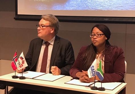 The spokespersons of EFTA and SACU, Lars Erik Nordgaard and Xolelwa Mlumbi-Peter
