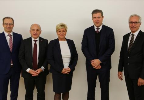 From left: Markus Biedermann, Ueli Maurer (Chair), Siv Jensen, Bjarni Benediktsson and Henri Gétaz.