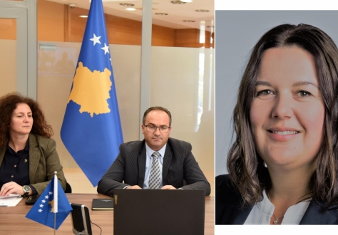 Minister of Trade and Industry, Mr Vesel Krasniqi, together with Head of Free Trade Department, Ms Sytrime Dervisholli, Kosovo. Ms Karin Büchel, Head of Free Trade Agreements at the State Secretariat for Economic Affairs, Switzerland. Photo by Kosovo Ministry of Trade and Industry