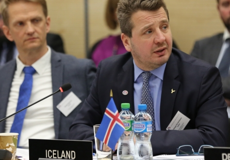 Guðlaugur Thór Thórðarson, right, at EFTA's Ministerial meeting in Geneva on 24 November 2017.