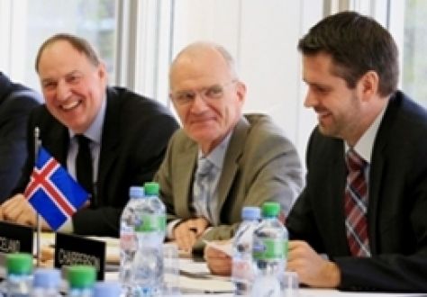 From right to left: Ambassador Martin Eyjólfsson, Mission of Iceland to EFTA and WTO, chairing the EFTA Council on 6 November 2012, Council Secretary Gudmundur Einarsson and Secretary-General Kristinn F. Árnason.