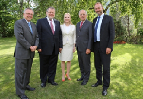 Kåre Bryn, Secretary-General, EFTA; Össur Skarphéðinsson, Minister for Foreign Affairs and External Trade of Iceland; Aurelia Frick, Minister of Foreign Affairs of Liechtenstein; Johann Schneider-Ammann (Chair), Head of the Federal Department of Economic Affairs of Switzerland; and Trond Giske, Minister of Trade and Industry of Norway